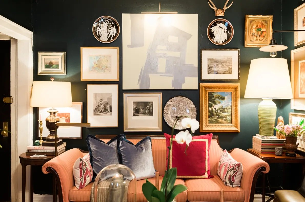 dark walls maximalism in small living room