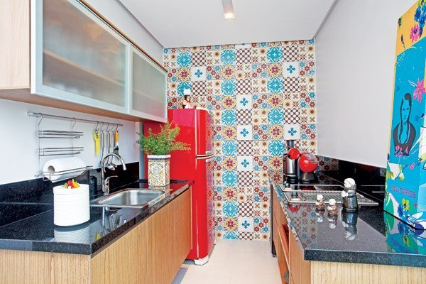 bold colorful accent wall in small kitchen