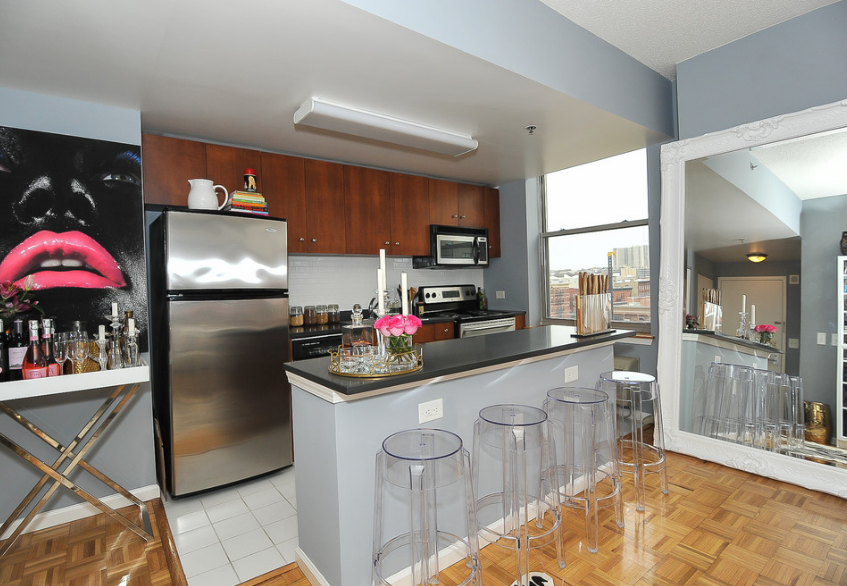 kitchen decor in 500 sq ft studio apartment