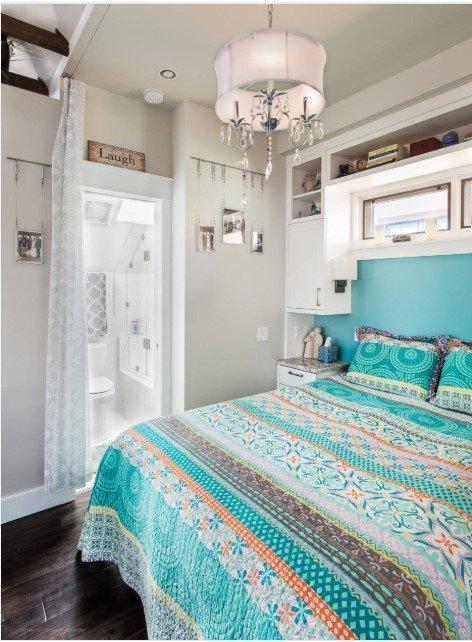 480 square feet studio apartment bedroom