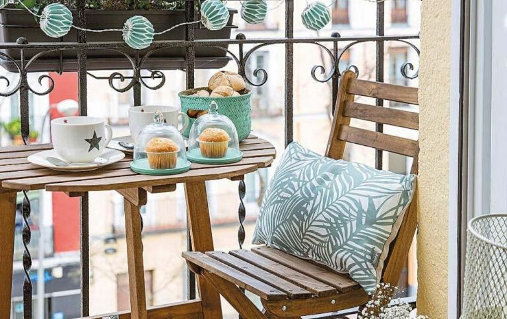 small balcony furniture ideas