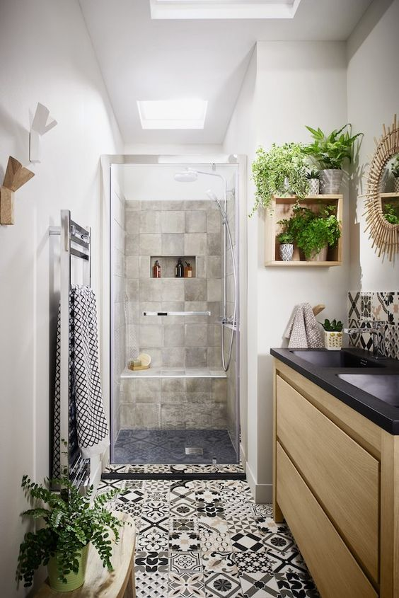 boho black and white bathroom decor