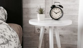 small bedside tables for small bedrooms