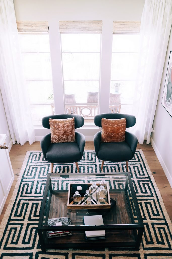 how to mix and match rugs in a studio apartment.