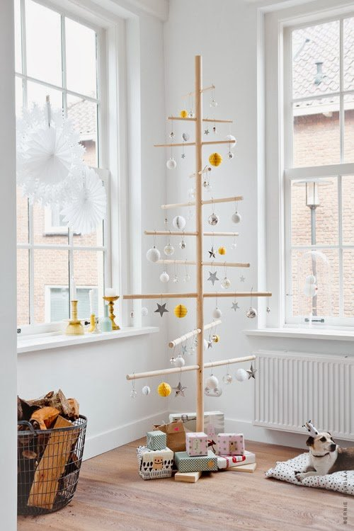 dowel alternative christmas tree for small spaces