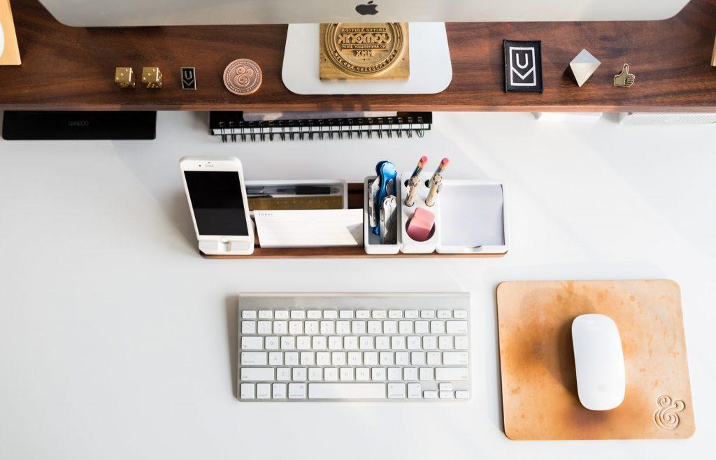 cordless desk space