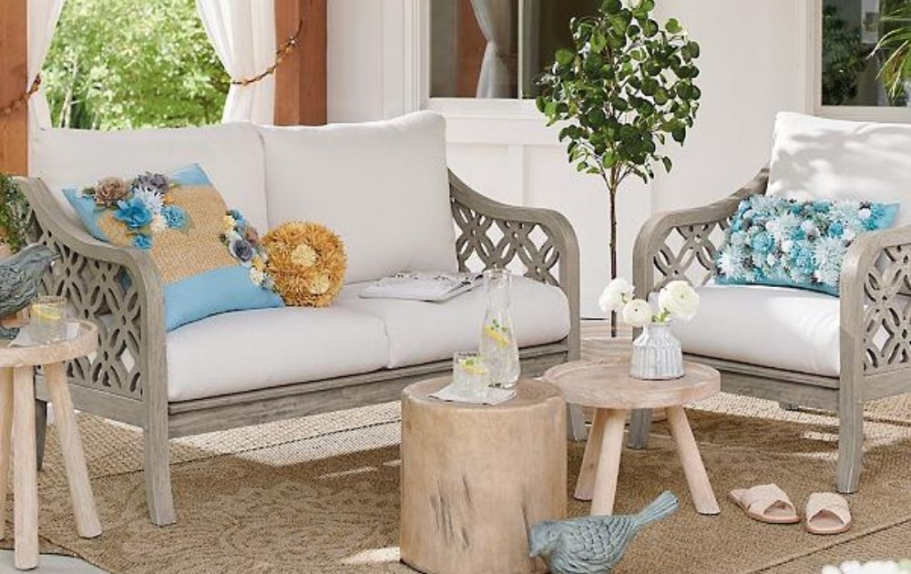 small outdoor decor ideas for small spaces