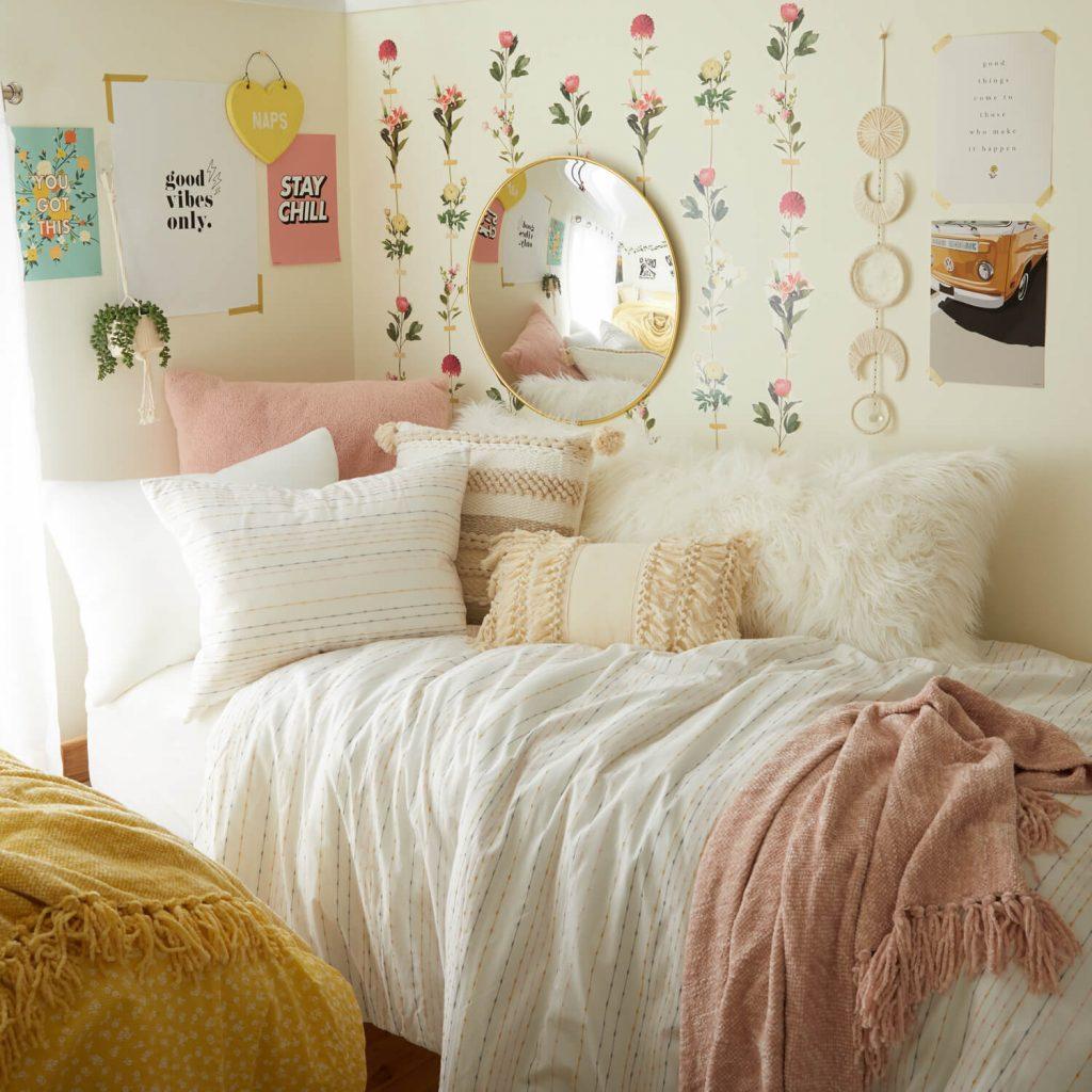 floral dorm room decor for girls