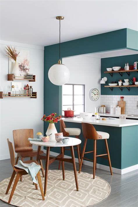 color blocking kitchen idea