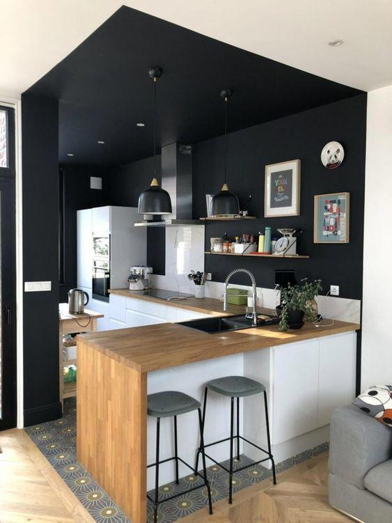 black color blocking idea for small kitchen