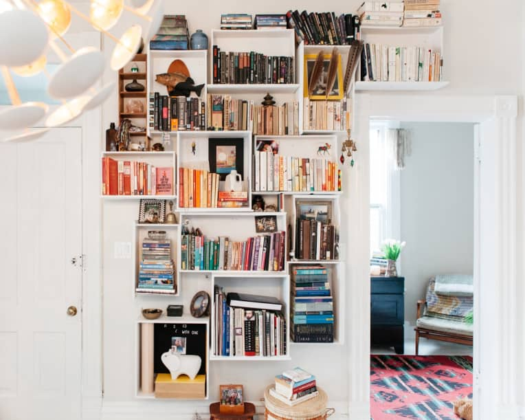 floating cube wall bookshelf