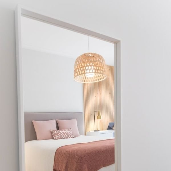 how to decorate a small bedroom on a budget